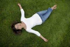 piękna kobieta relaksująca Obraz Stock