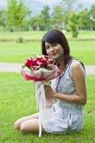 Piękna kobieta w miłości. Zdjęcia Royalty Free