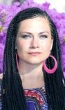 Piękna kobieta z afrykańskimi pigtails Obrazy Royalty Free