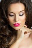 Piękna kobieta z długim brown włosy Obrazy Stock
