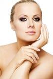 Piękna kobieta z perfect blondynem i skórą. Obraz Royalty Free