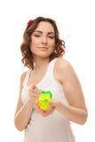 Piękna kobieta z serce kształtować zabawkami Obraz Royalty Free