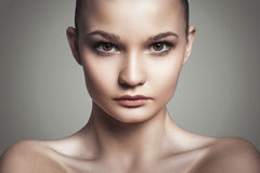 Piękna kobiety twarz. Perfect makeup. Piękno moda zdjęcie stock