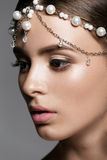 Piękna kobiety twarz z wspaniałym makijażu zakończeniem Zdjęcia Stock