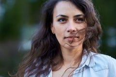 Piękna Latynoska młoda kobieta obrazy stock