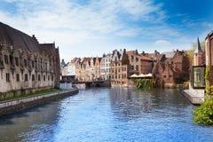 Piękna Leie rzeka w Ghent śródmieściu, Belgia obraz stock