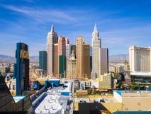 Piękna linia horyzontu Las Vegas pasek z NY NY hotelem i kasynem - 12, 2017 LAS VEGAS, NEVADA, PAŹDZIERNIK - Obraz Stock
