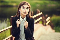 Piękna młoda brunetki dziewczyna Fotografia Royalty Free