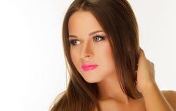 Piękna młoda dziewczyna z fachowym Mike Obrazy Royalty Free