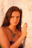 Piękna młoda kobieta plenerowy portret Zdjęcie Royalty Free