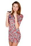 Piękna młoda kobieta z alkoholicznym napojem Fotografia Royalty Free