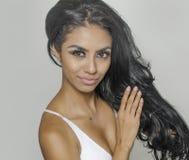 Piękna młoda kobieta z szczupłym zdrowym seksownym ciałem Fotografia Royalty Free