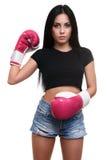 Piękna młoda sprawności fizycznej dziewczyna w bokserskich rękawiczkach obrazy royalty free