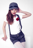 Piękna mała śliczna moda modela popielata odzież Zdjęcie Stock