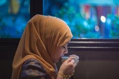 piękna muzułmańska kobieta obrazy royalty free