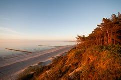 piękna nad słońca nad morzem Obrazy Royalty Free