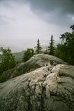 Piękna panorama jezioro i las od Kola parka narodowego osiąga szczyt Zdjęcie Stock