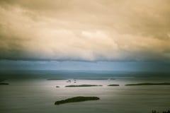 Piękna panorama jezioro i las od Kola parka narodowego osiąga szczyt Fotografia Royalty Free