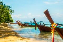 Piękna plaża i kryształ - jasny morze, Ko Ngai, Tajlandia zdjęcia stock