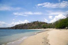 Piękna plaża na ląd Pacyficzny ocean w Golfo De Papagayo Fotografia Royalty Free