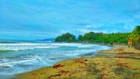 Piękna plaża w ciągu dnia zdjęcia royalty free