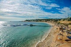 Piękna plaża w czerwonym morzu Zdjęcia Royalty Free