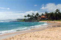 Piękna plaża w Poipu plaży obraz stock