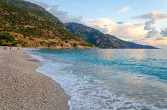 Piękna plaża w popularnym tureckim kurorcie Oludeniz, Turcja zdjęcie stock