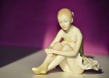 Piękna porcelany postać Ładnej młodej damy Baletniczy tancerz Fotografia Stock