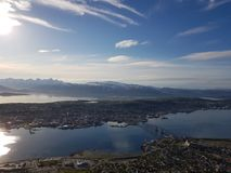 Piękna przegląd fotografia tromsoe miasta wyspa fotografia royalty free