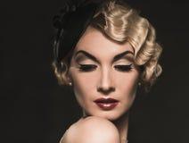 Piękna retro kobieta zdjęcie stock