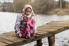 Piękna Rosyjska dziewczyna w obywatel sukni zdjęcie stock