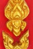 Piękna Rzeźbiąca świątyni ściana Tajlandia Obrazy Royalty Free