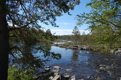 Piękna rzeka w północy Norwegia obraz royalty free