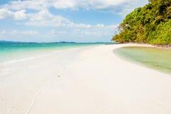 Piękna sceniczna plaża od wyspy Phang nga zatoka Zdjęcie Stock
