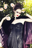 piękna smokingowa jedwabnicza target1145_0_ kobieta Zdjęcie Stock