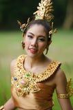 Piękna Tajlandzka dama w Tajlandzkiej tradycyjnej dramat sukni Zdjęcia Royalty Free