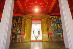 Piękna tajlandzka drzwiowa malowidło ścienne sztuki architektura główna wyświęcenie sala Zdjęcie Royalty Free