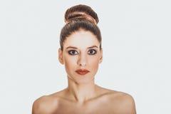 Piękna toples kobieta z uzupełniał Fotografia Stock