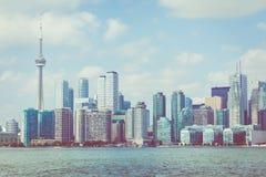 Piękna Toronto ` s linia horyzontu nad jeziorem Toronto, Ontario, Kanada obrazy royalty free