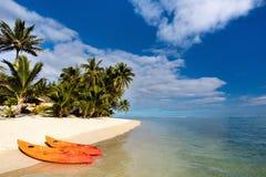 Piękna tropikalna plaża przy egzotyczną wyspą w Pacyfik Obraz Stock