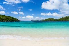 Piękna tropikalna plaża przy Karaiby Obrazy Stock