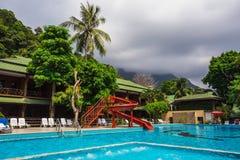 Piękna tropikalna plaża przy wyspy Koh Chang Fotografia Royalty Free
