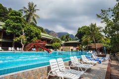 Piękna tropikalna plaża przy wyspy Koh Chang Obraz Stock