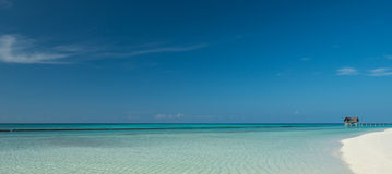 Piękna tropikalna plażowa panorama Obraz Stock