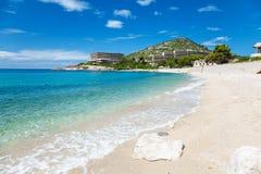 Piękna turkus plaża w Mlini, Chorwacja fotografia royalty free