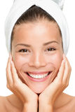 piękna uśmiechnięta zdroju kobieta Obraz Royalty Free