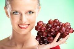 piękna winogron kobiety potomstwa fotografia royalty free