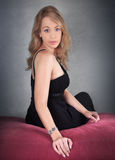 Piękna yound blondynki kobieta. obraz stock