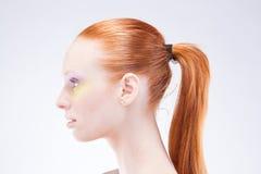 piękna z włosami profilowa czerwona kobieta obraz royalty free